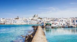 Pourquoi faut-il aller à Paros ?