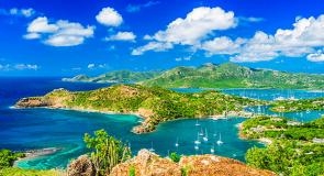 Les îles d'Antigua et Barbuda approuvent les vaccins mixtes pour les visiteurs