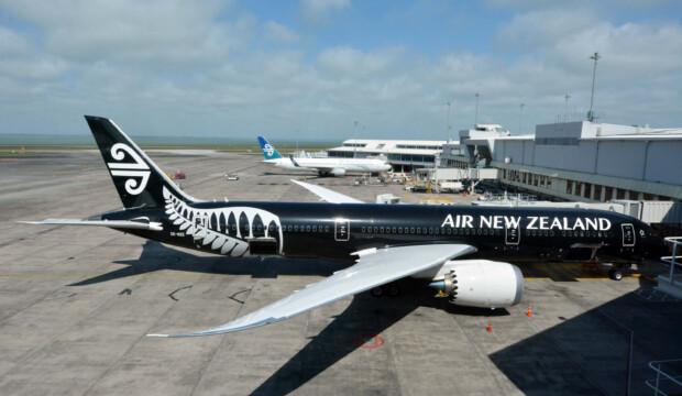 Air New Zealand et Qantas exigeront une preuve de vaccination contre le COVID