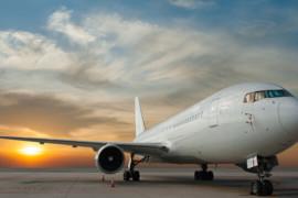 Aide fédérale à Air Canada : Vol en retard salue, mais soulève des interrogations
