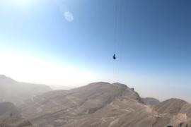 La plus longue tyrolienne du monde se trouve maintenant aux Émirats arabes unis!