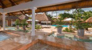 Le Meliá Caribe Tropical se transforme en deux complexes distincts :  le Meliá Punta Cana Beach Resort et le Meliá Caribe Beach Resort