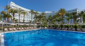 Le Riu Palmeras, le premier hôtel de RIU aux Canaries, réouvre ses portes!