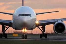 """""""Nous veillerons à ce que les Canadiens soient remboursés"""" : le sauvetage des compagnies aériennes est en cours"""