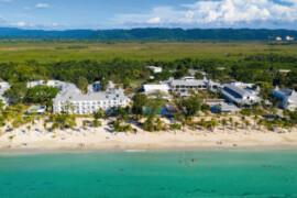 RIU Hotels rouvre trois autres établissements dans les Caraïbes