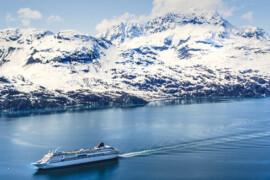 Alors que Biden adopte la loi sur l'Alaska, Royal Caribbean et NCL décident de reprendre aussi leurs croisières