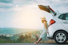 Que se cache-t-il derrière les tarifs élevés des locations de voitures aux États-Unis et pourquoi les Canadiens devraient réserver leur véhicule le plus tôt possible ?