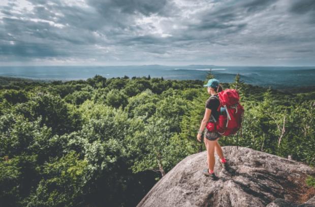 75s c'est un défi de 75 sentiers de randonnée proposé par Rando Québec.