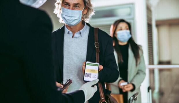 Les voyageurs internationaux entièrement vaccinés pourraient entrer au Canada d'ici septembre et plus tôt pour les Américains