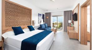 La chaîne RIU rouvre deux hôtels au Cap-Vert